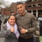 Aston Villa : La visite surprise de Gestede aux bénévoles d'Albert Street