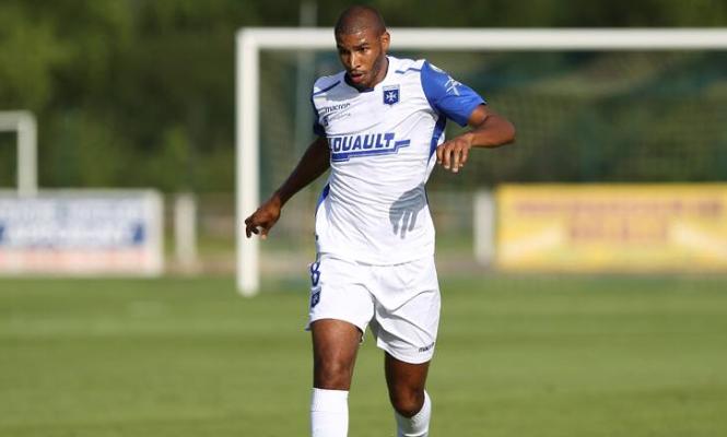 France : Auxerre tombe malgré le premier but de Jordan Adéoti