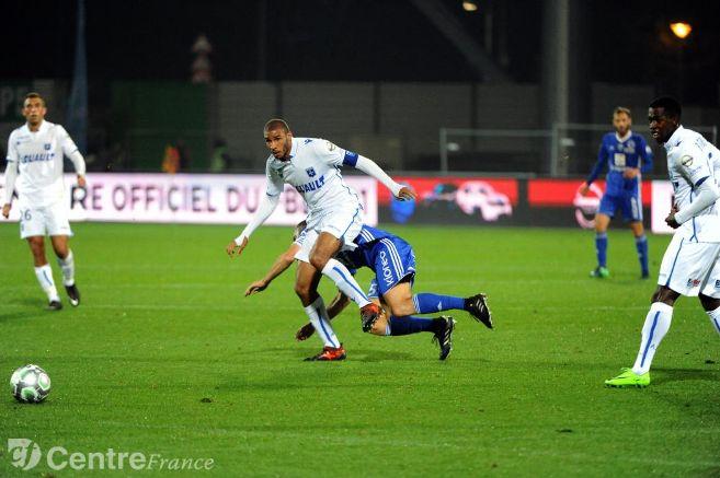 Auxerre: capitaine d'un soir, Adéoti est en train de réussir son pari