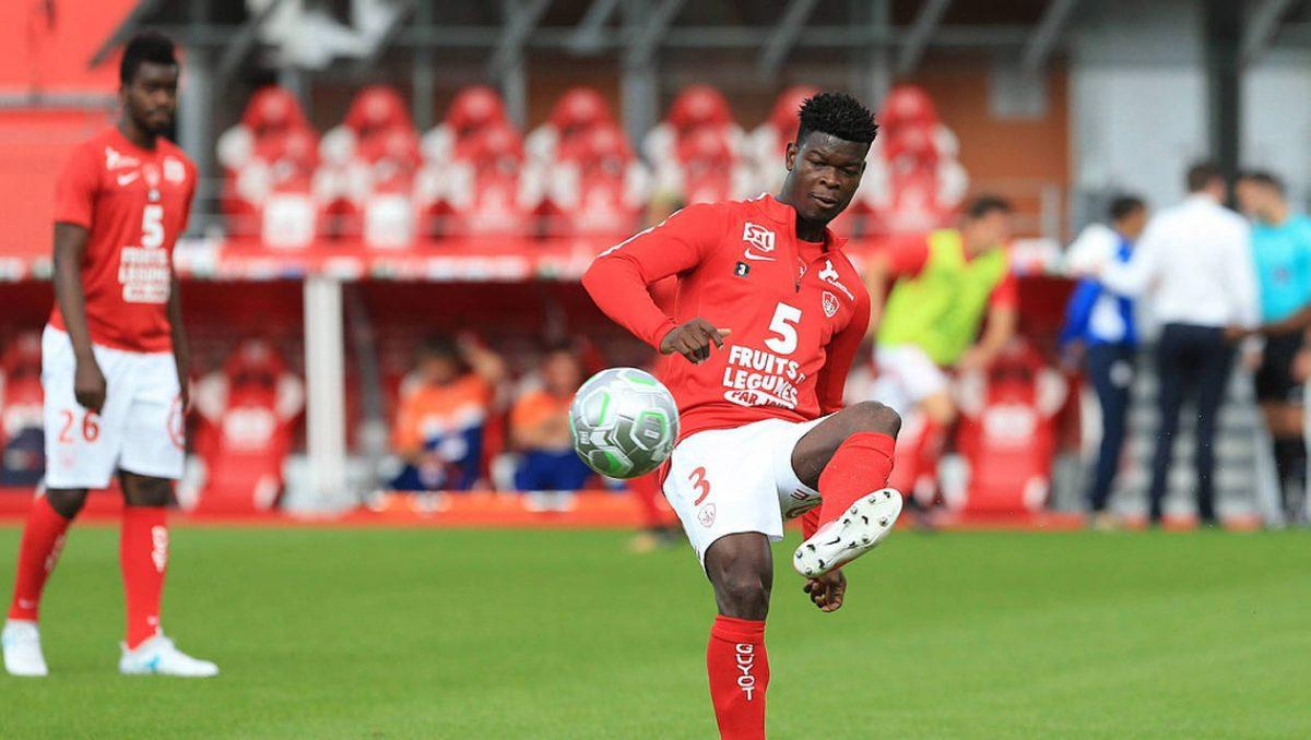 Transfert – Exlcu : David Kiki (Brest) prêté au Red Star !