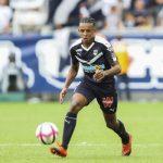 Transfert : Le FC Séville mise finalement 25 millions d'euros sur Koundé !