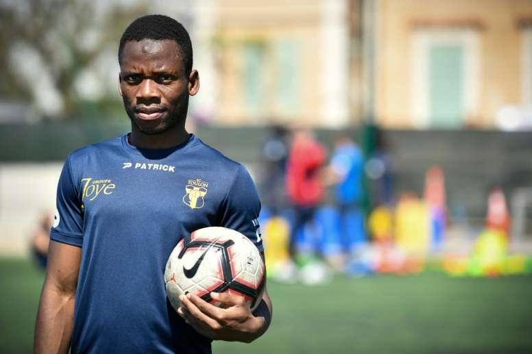 Transfert : Toulon ouvre la porte à un départ , Seibou Mama en route pour la Ligue 2 française ?