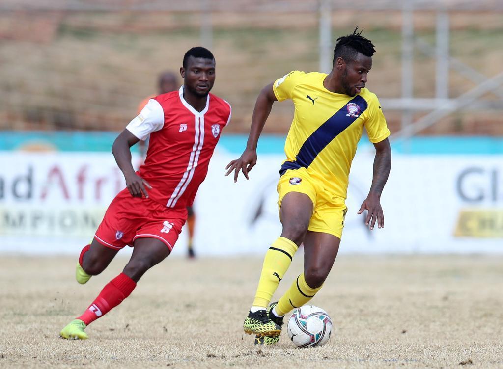 Afrique du Sud : Homme du match , Débouto buteur porte  (encore) Jomo Cosmos vers la victoire