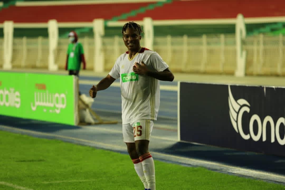 Algérie : Auteur d'un but magnifique , Koukpo offre la super coupe au CR Belouizdad