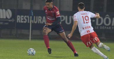 France-L2 : Cédric Hountondji désigné dans l'équipe type de la saison aux trophées UNFP